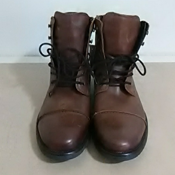 296051b6ee0 GBX Men's Leather Boots NWT